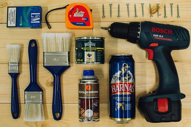 Værktøj fra tømmerhandel og byggemarked