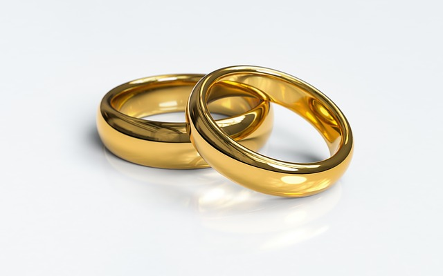 Hvad symboliserer smykker?